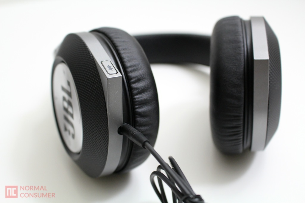 JBL Synchros E50BT Bluetooth Headphone 6