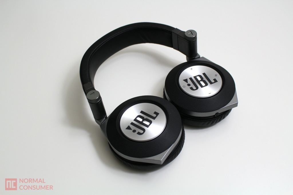 JBL Synchros E50BT Bluetooth Headphone 8